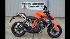 17 399 2015 Ktm 1290 Duke R Orange Overview And