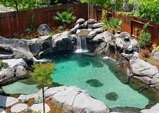 varf 246 r v 228 lja poolen med vattenfall 79 goda sk 228 l