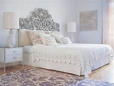 White Bedroom Decor Ideas by 4 Modern Ideas To Add Interest To White Bedroom Decorating