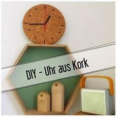 Porzellan Selber Reparieren - diy uhr aus kork dekoration diy uhr uhren und basteln