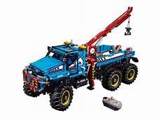 lego technic 6x6 all terrain tow truck 42070 technic lego shop