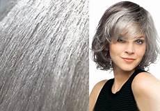 jung und grau graue haare jungen alter