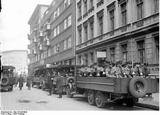 foto braune berlin file bundesarchiv bild 102 02940a berlin polizei einsatz
