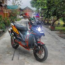 Modifikasi Motor Matic Touring by Top Modifikasi Motor Adventure Touring Terbaru
