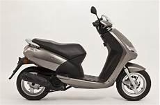 Peugeot Vivacity 125cc Bilder Und Technische Daten