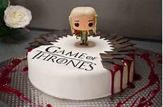of thrones birthday cake pop vinyl daenerys tarta