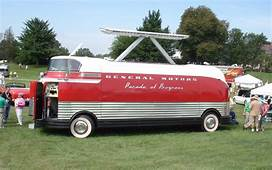 Video Find Massive GM Futurliner Bus Posts 41 Second