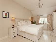 Of Shabby Chic Bedrooms by Shabby Chic Bedroom Shabby Chic Bedroom Ideas Shabby Chic