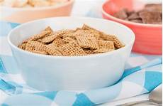nestl 233 pledges to cut sugar by 10 in uk breakfast cereals