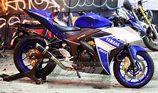 Modifikasi Yamaha R25 by Bluspit Moto Modifikasi Yamaha R25 Sporty Ala Layz