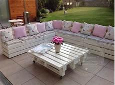 salon de jardin en palette en bois salon de jardin r 233 alis 233 avec des palettes meubles et
