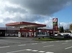 Besuchen Sie Unsere Ed Tankstelle Mit Waschanlage Und Shop