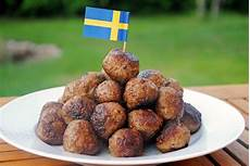 28 food you to try in sweden food you should try