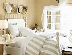 Ideen Für Nachttische - deko schlafzimmer ideen
