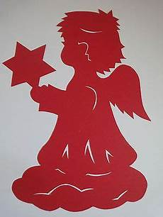 fensterbilder weihnachten vorlagen engel fensterbilder tonkarton filigran engel mit rot