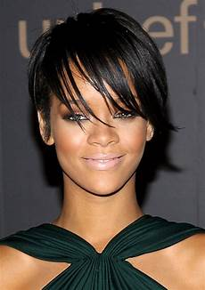 pictures rihanna s short haircuts best styles over the years rihanna layered pixie haircut