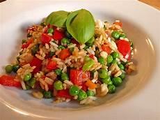 gemüsepfanne mit reis vegetarische reis gem 252 sepfanne k 252 chenkind202 chefkoch de