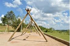 schaukel selbst bauen holzschaukel selber bauen 187 anleitung in 3 schritten