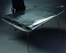 möbel aus flugzeugteilen airplane wing desk neatorama