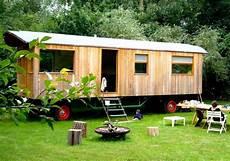 bauwagen selber bauen 8 meter wohnwagen bauwagen fahrgestell untergestell