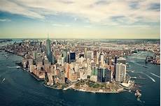 How To Spot Real New Yorkers A Guide To New York Living