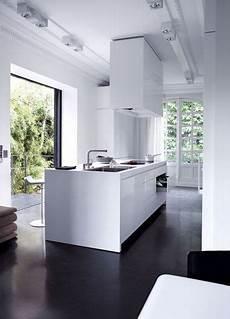 küche dunkler boden bildergebnis f 252 r innenausbau dunkler boden moderne wei 223 e