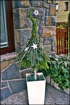 Weihnachtsdeko Hauseingang Breitet Festliche Stimmung Aus