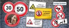 Malvorlagen Verkehrsschilder Mit Text Lustige Verkehrsschilder Und Witzige Symbole Als Funschilder