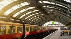 Berliner Ostbahnhof S Bahn Verkehr Wegen Notarzteinsatz