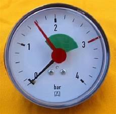 manometer 1 4 quot zoll anschluss hinten afriso 0 4 bar