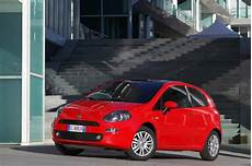 Fiche Technique Fiat Punto 1 2 8v 69 2013