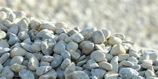 Was Kostet Eine Tonne Schotter - kieswerke kies schotter beton recycling deponie