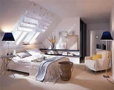 Deko Ideen Schlafzimmer - deko ideen schlafzimmer dachschr 228 ge schlafzimmer deko