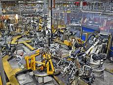 Look Inside Jaguar Land Rover S Halewood Factory