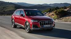 2020 audi q7 facelift adopts q8 tech gtspirit
