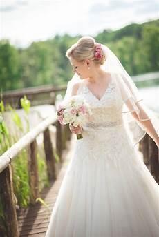 Blumen Im Haar Up Do Schleier Bridal Style Bridal