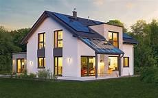 zweifamilienhaus 2 eingängen hanse haus musterhaus variant 35 172 in g 252 nzburg