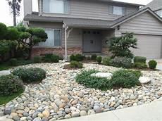 Smooth Pebble Garden