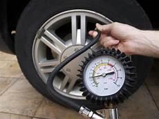 manometre pression pneu professionnel 104813 manom 232 tre pression pneu mod 232 les crit 232 res de choix ooreka
