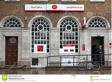 poste ufficio ufficio postale a londra fotografia stock editoriale