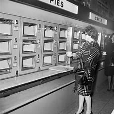 ut0mtt the return of automats rachael every day