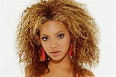 how to find the hairstyle ideas for curly hair