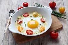 recette oeufs au plat au four aux tomates cerise et