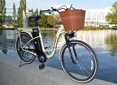 elektrofahrrad e bike bavarian retro city family korb led