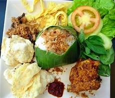Limakaki Empat Lokasi Kuliner Nasi Uduk Yang Rasanya