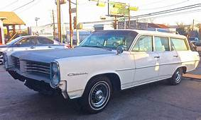 1964 Pontiac Catalina Safari Wagon At Davis Rod & Cycle