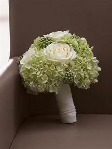 Brautstrauß Hortensien Und - die besten 25 grabbepflanzung winter ideen auf