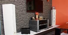 wohnwand stein plush wohnwand steintapete stein tapete wohnzimmer ideen
