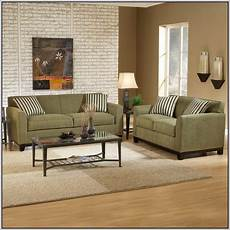 paint color for sage green furniture colors that go with sage green couch olive green couches green sofa living room green