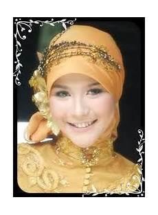 Aneka Model Jilbab Modis Untuk Kombinasi Kebaya